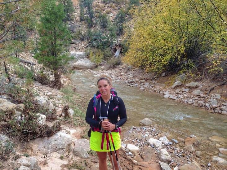 what to wear to hike the Narrows in Zion